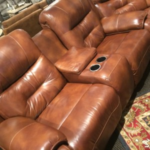 Loveseat Power Recliner Console Full Angle & Best Couch for Watching Football 2015 | Bob Mills Furniture Bob ... islam-shia.org